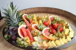Obstplatte mit frischen Früchten
